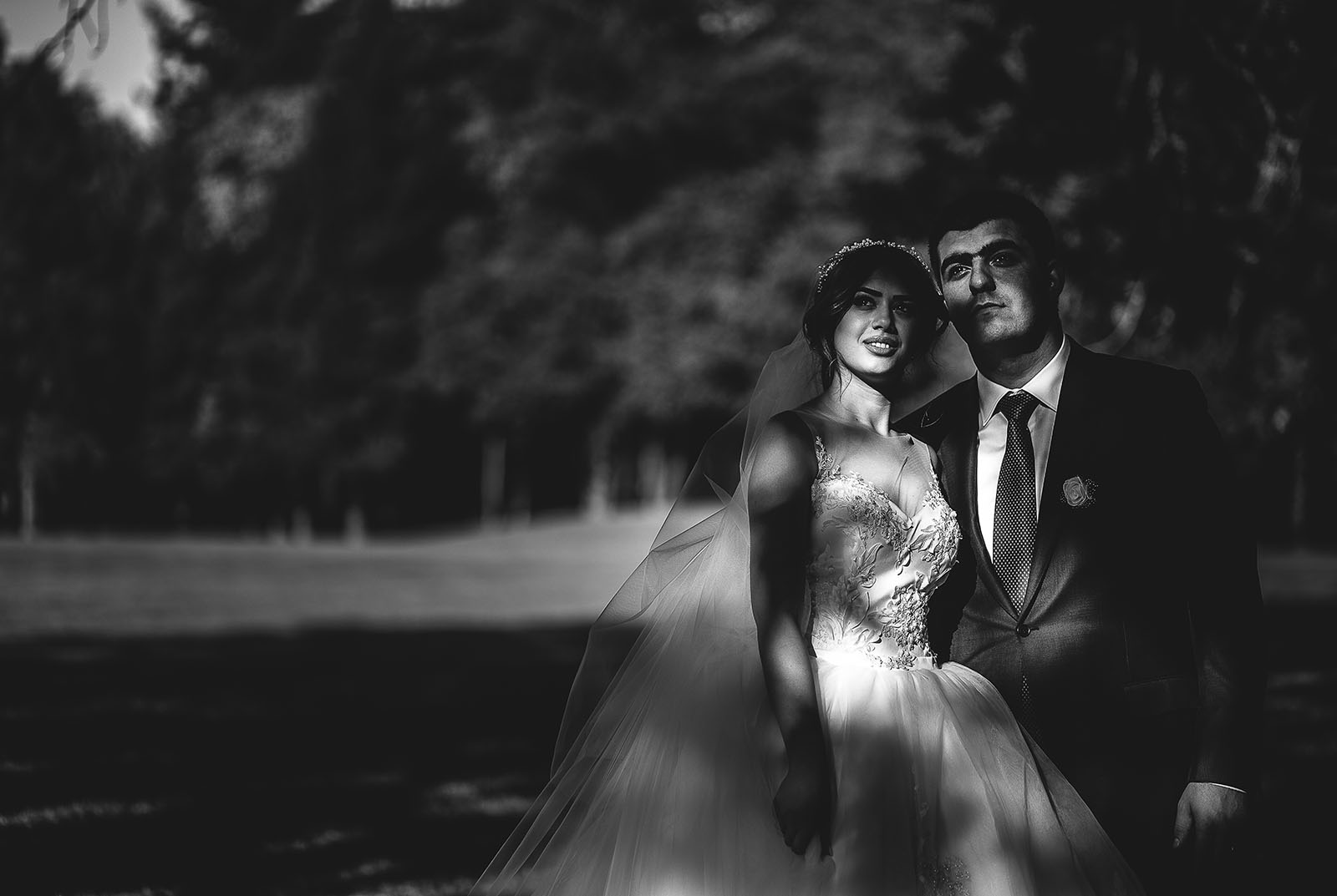 Mariage au Château de Beguin David Pommier photographe de mariage. Joli portrait de couple