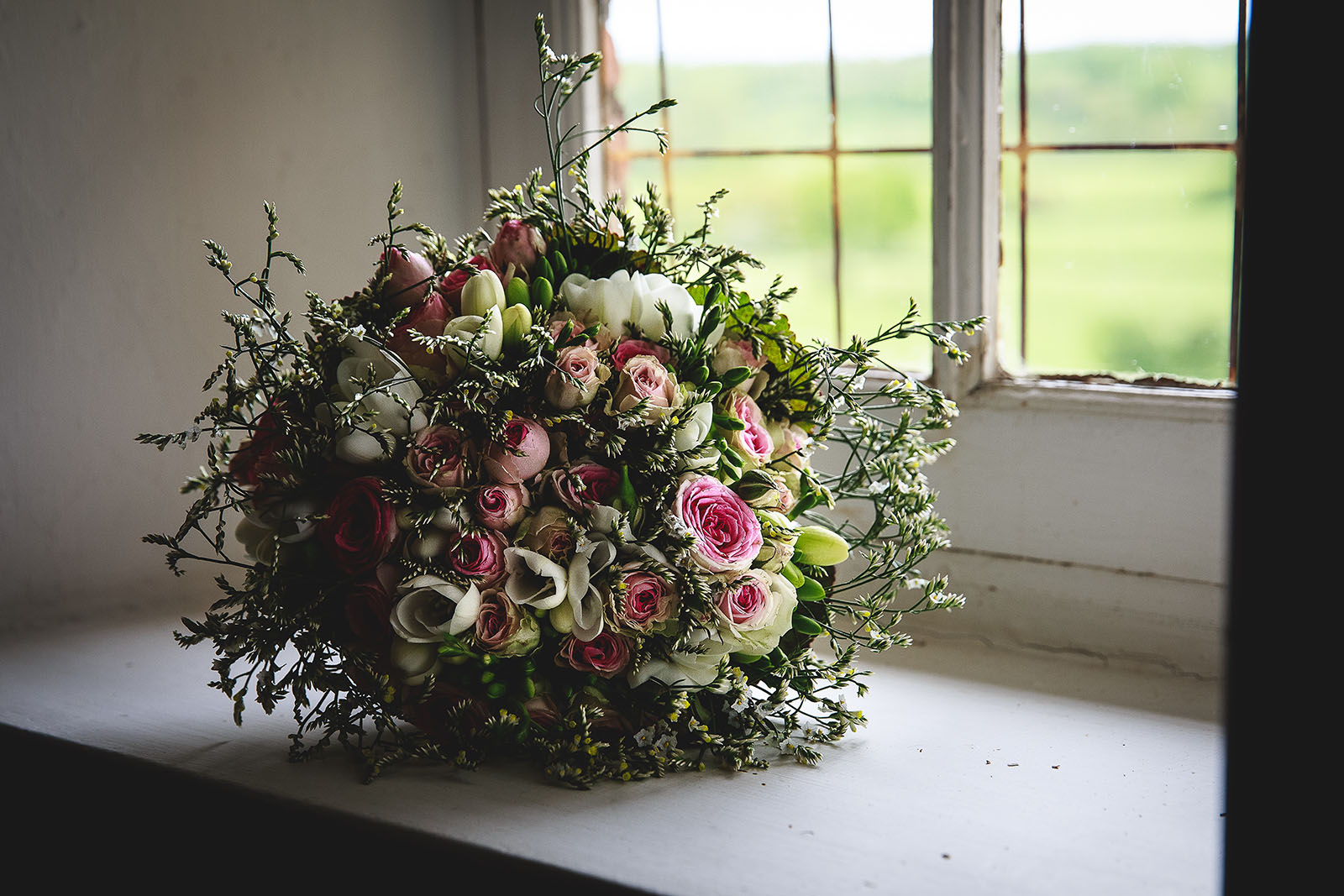 Mariage Château de Beauvoir. Le bouquet de la mariée. David Pommier photographe de mariage