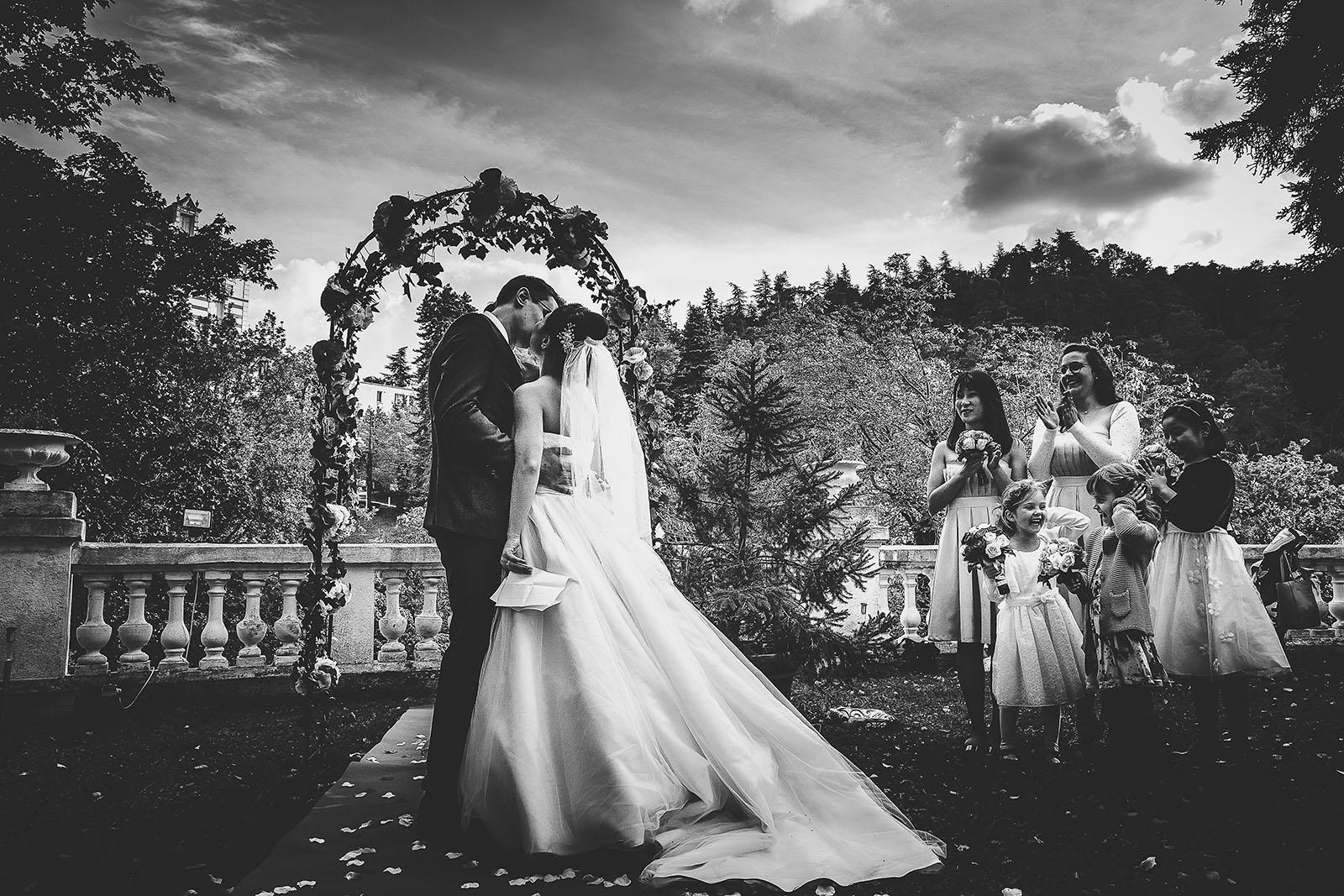 photographe-mariage-clermont-ferrand-chine-beau-laique-emotion-lumiere-magnifique (38)