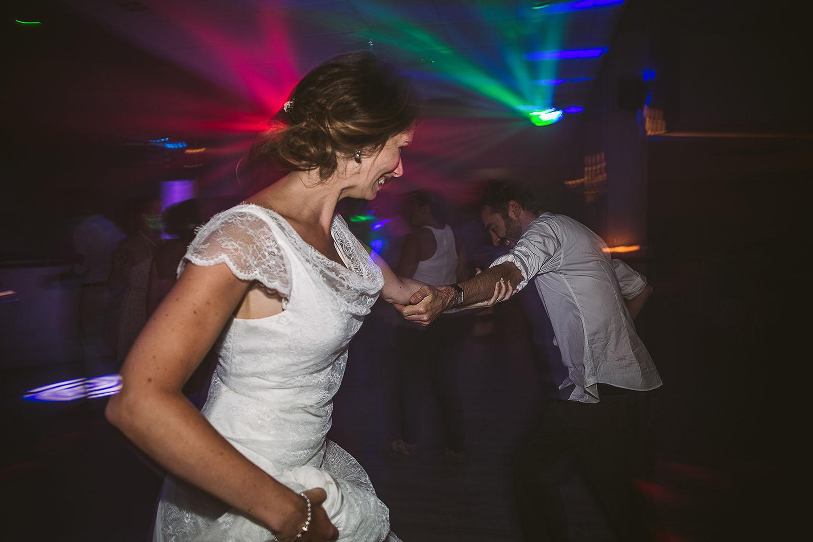 Mariage au Comptoir Saint Hilaire La danse de la mariée