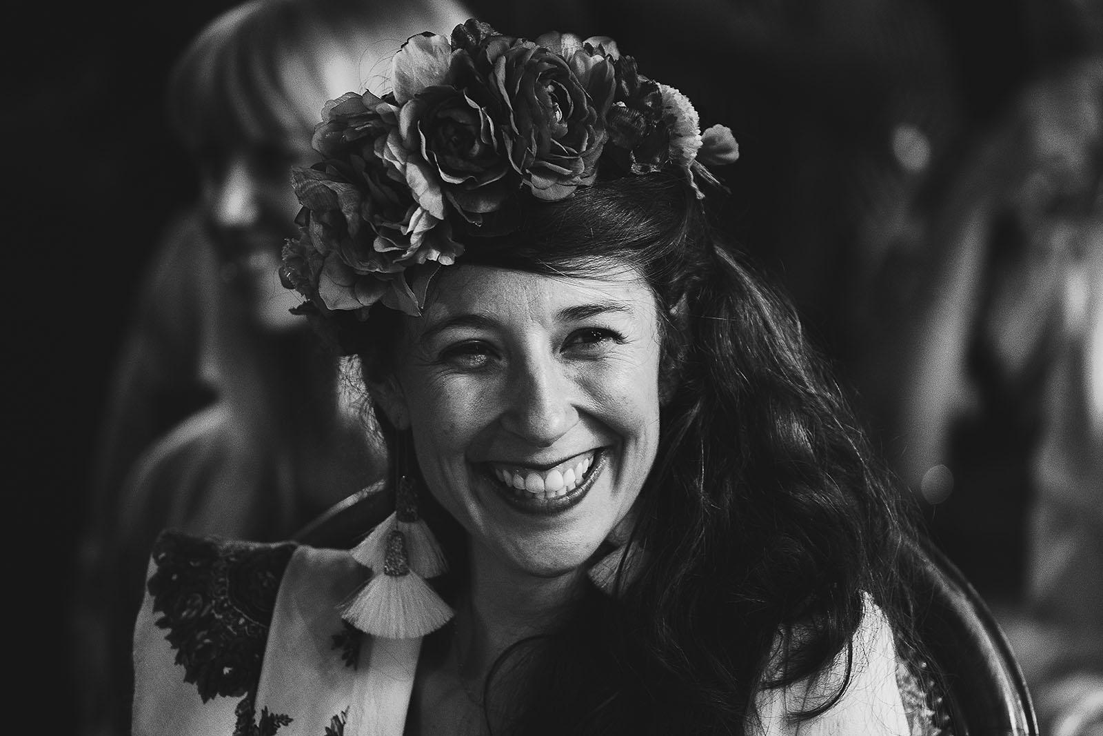 Photographe de mariage à Clermont Ferrand Joli sourire de la mariée