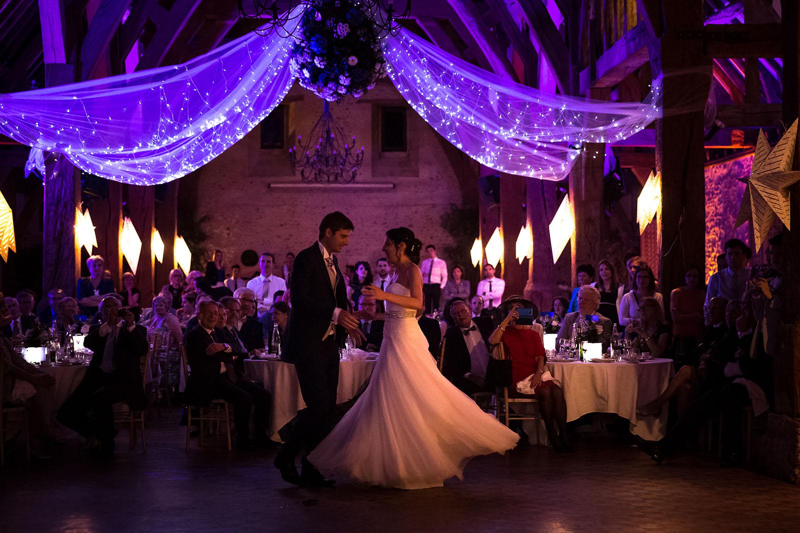 Mariage au Manoir de Corny en Normandie Première danse des mariés