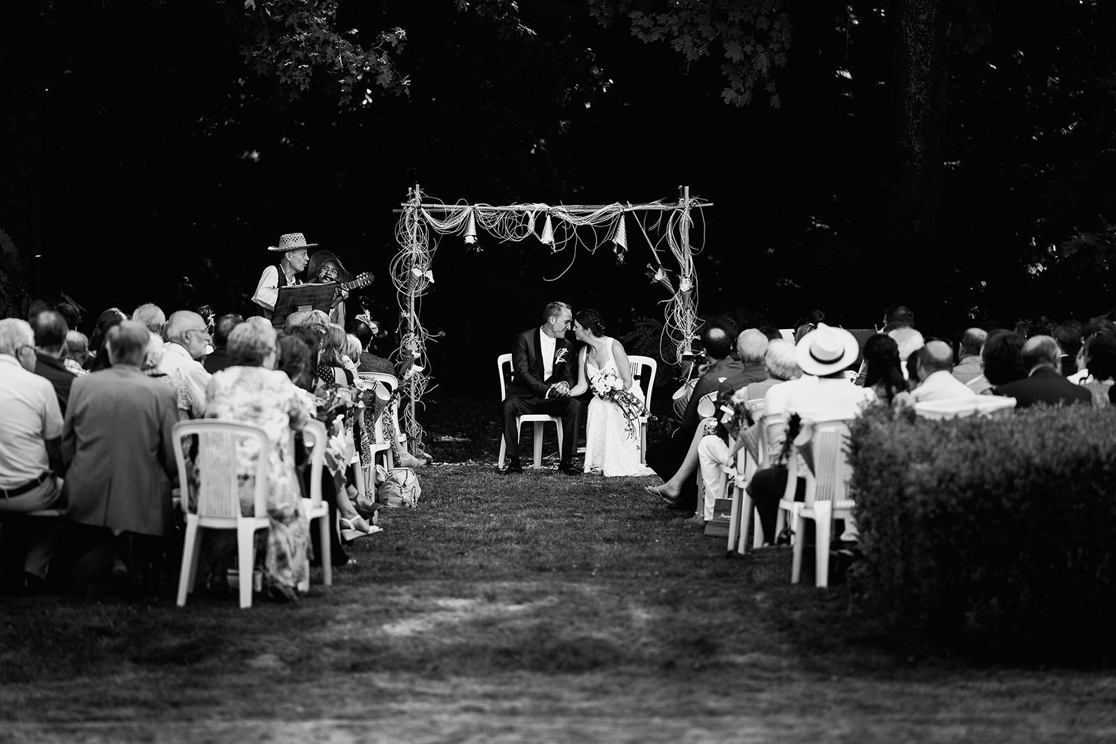Mariage au château de Bisseret depuis saint Barthélémy cérémonie laique