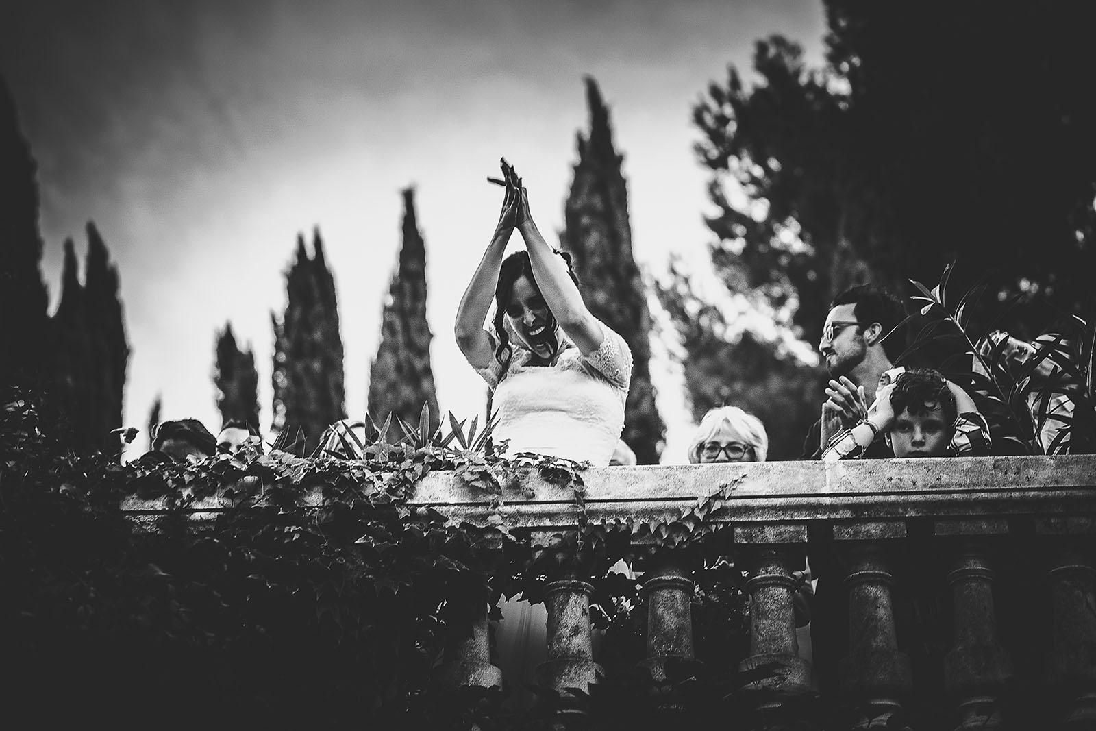 Mariage Villa Quélude David Pommier photographe de mariage. La mariée très heureuse