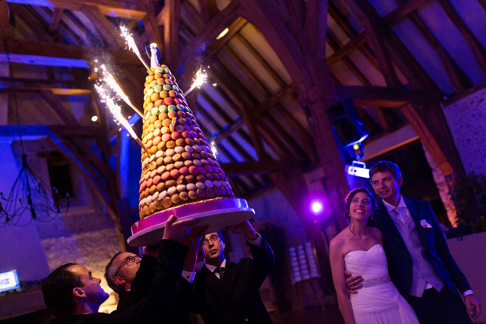 Mariage au Manoir de Corny en Normandie. Le gâteau des mariés