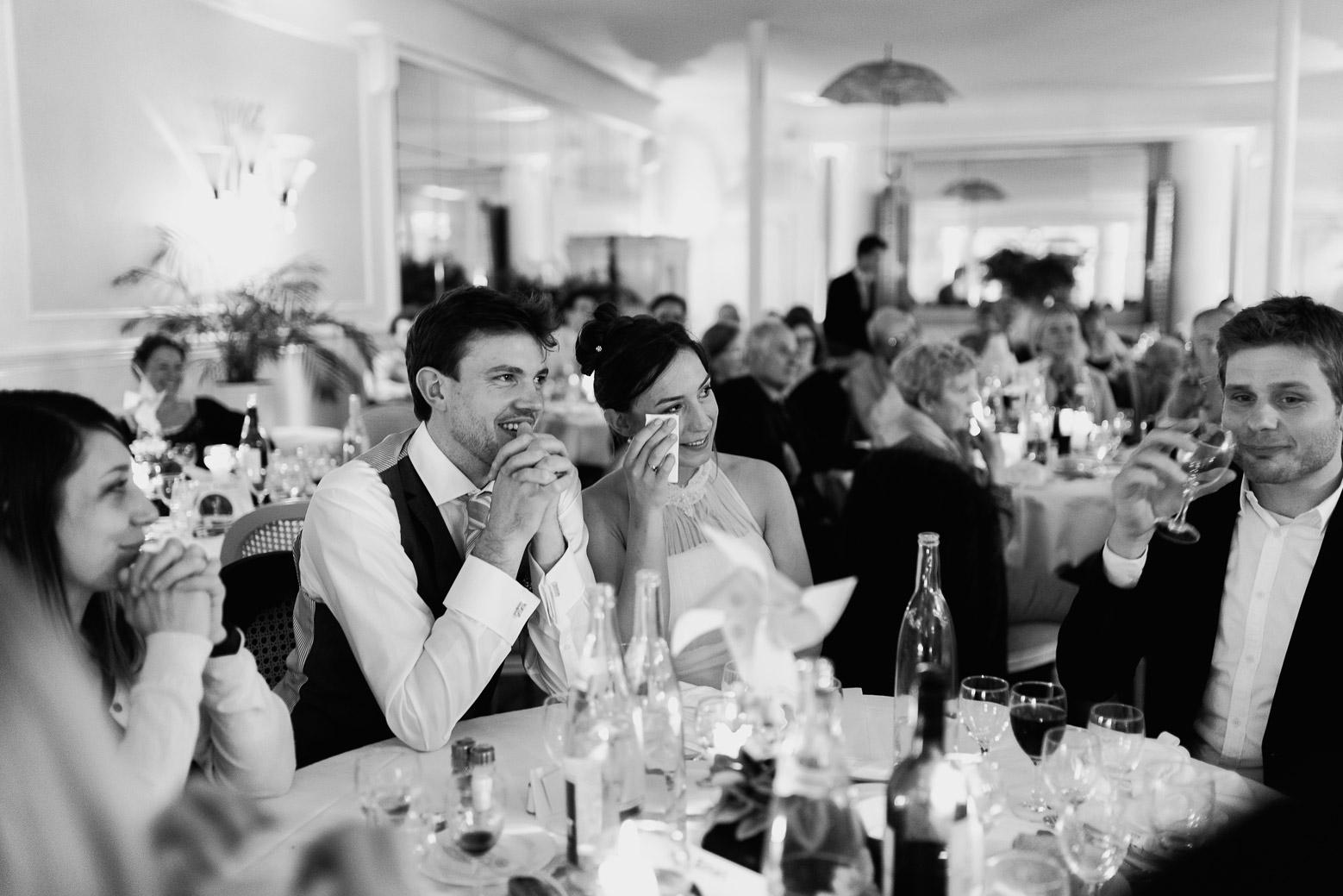 Hotel Royal Saint Mart Royat Clermont Ferrand Emotion des mariés pendant les discours