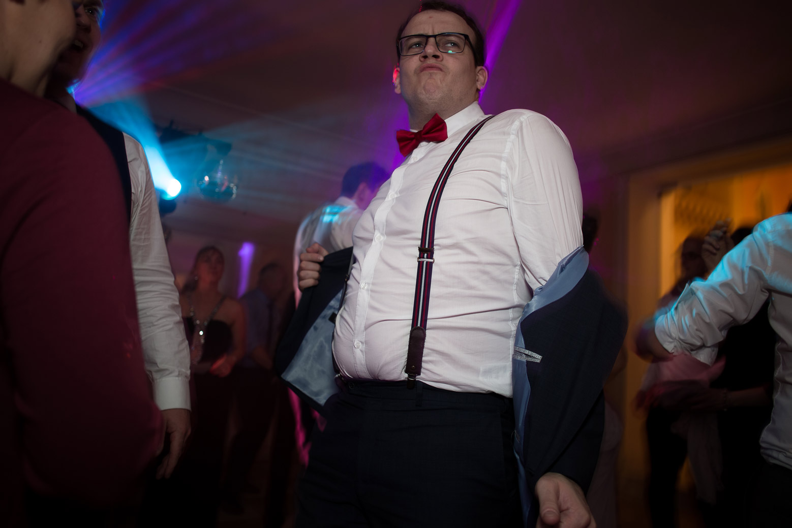 Hotel Royal Saint Mart Royat Clermont Ferrand Les invités dansent au mariage