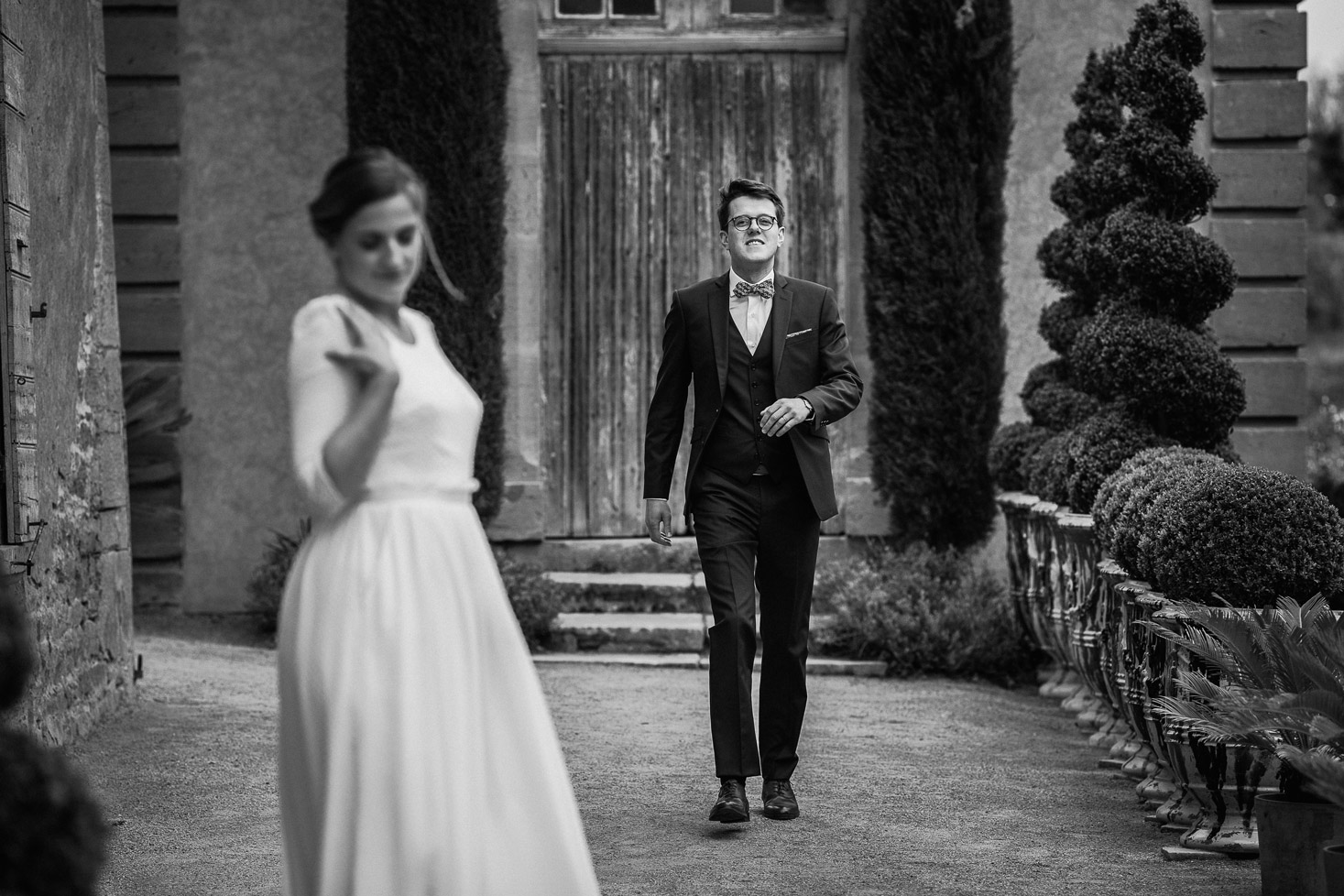 Reportage photo de mariage à Lyon - Manoir de la Garde. Photo de couple