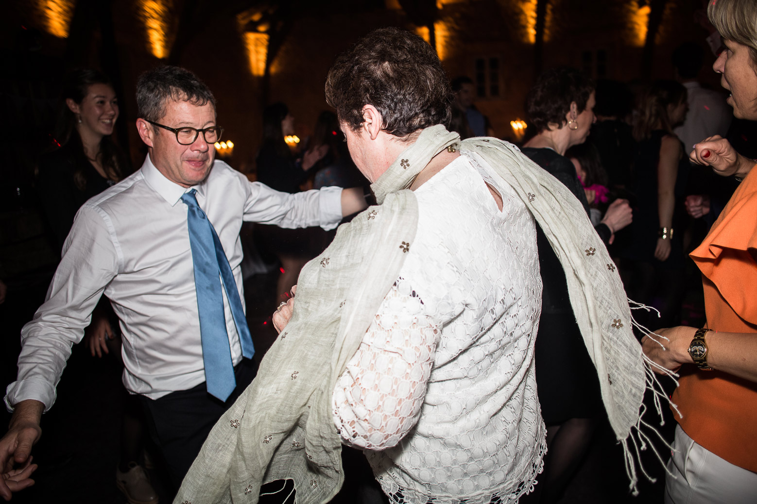 Reportage photo de mariage à Lyon - Manoir de la Garde Soirée dansante