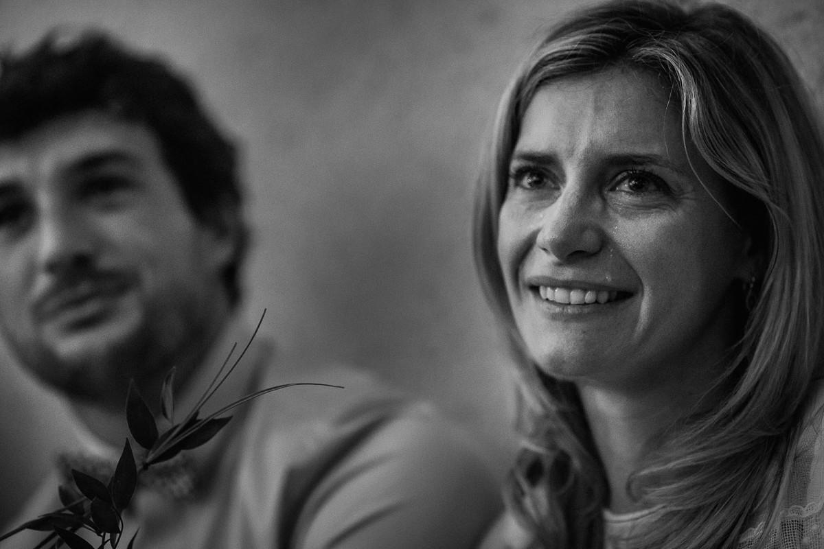 Meilleures photographies de mariage du photographe de mariage David Pommier. l'émotion et les larmes d'une soeur