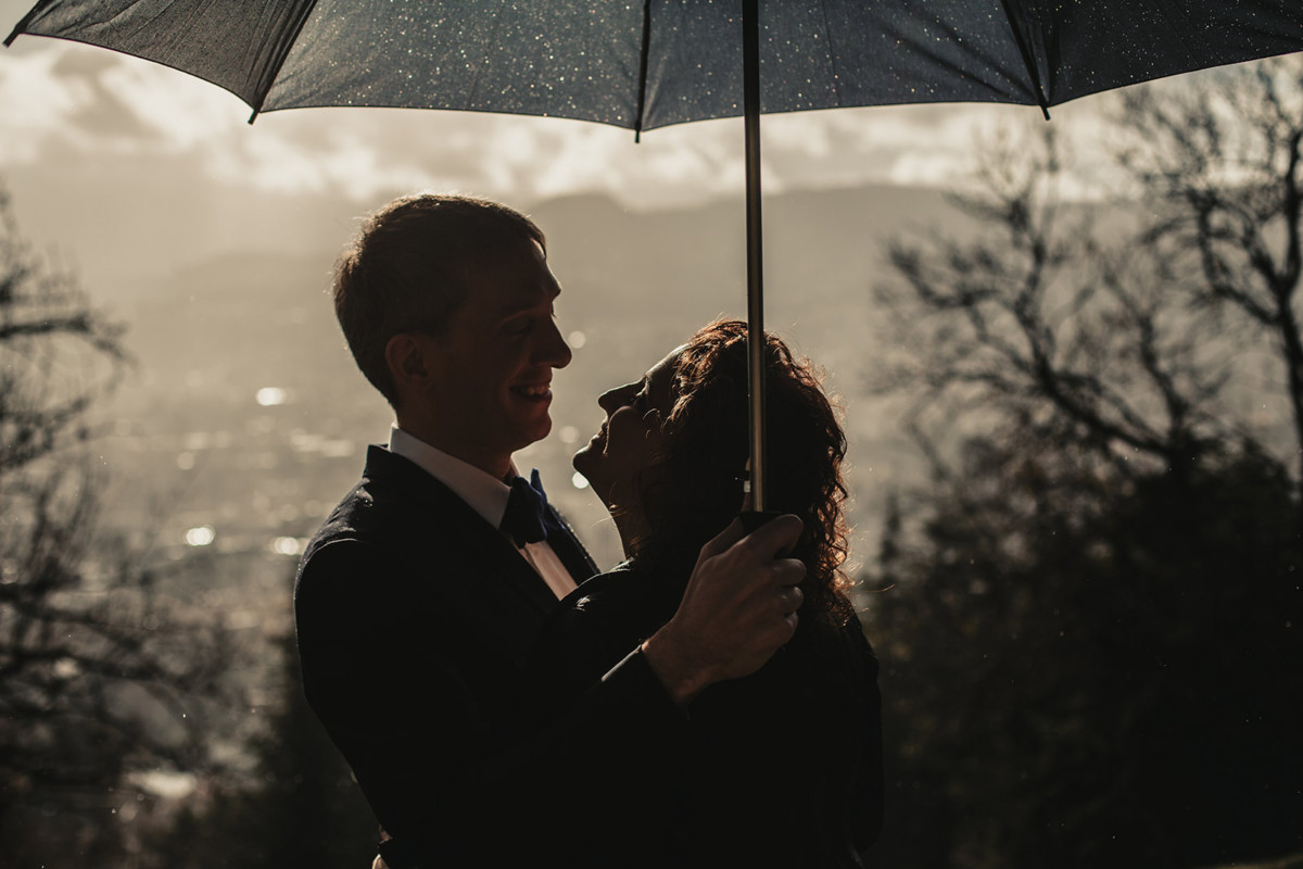 Meilleures photographies de mariage du photographe de mariage David Pommier. Galerie de photo de mariage David Pommier. Mariage à Clermont Ferrand sous la pluie