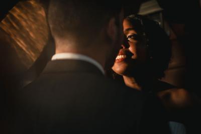 Le soleil arrive sur la saison des mariages 2018