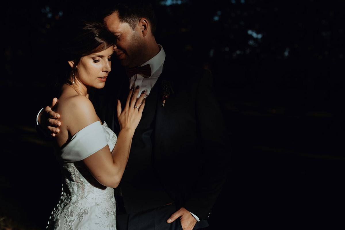 Meilleures photographies de mariage du photographe de mariage David Pommier. Château de Saulnat. Reportage de mariage au Château de Saulnat