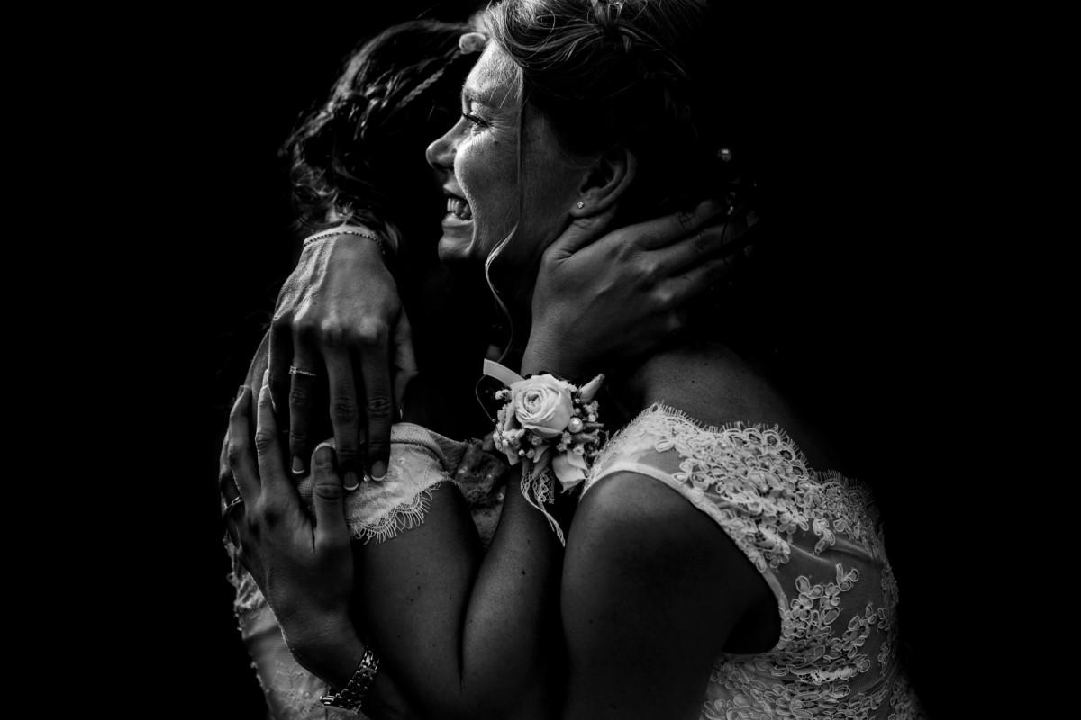 Meilleures photographies de mariage du photographe de mariage David Pommier. Clos des Tourelles. Photographie de mariage pleine d'émotion avec la mariée. Comment choisir son photographe de mariage. Et pourquoi? Photographe de mariage David Pommier. Best Of de la saison des mariages 2018