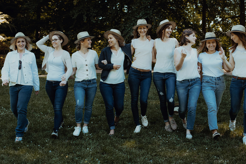 Enterrement de vie de jeunes filles à Lyon. Photographe mariage Lyon - EVJF
